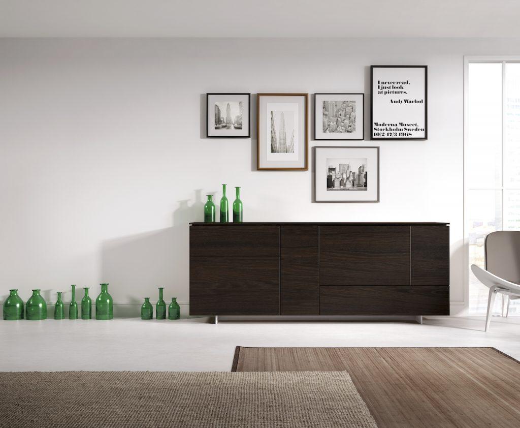 Aparador en madera natural de diseño