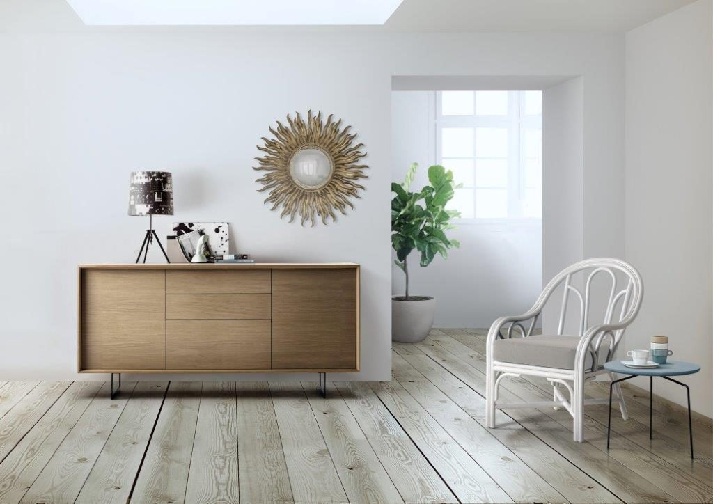 Aparador moderno de madera natural