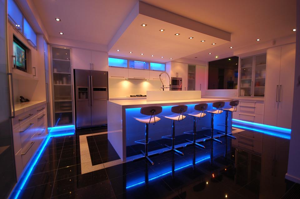 Cocina moderna con luces led