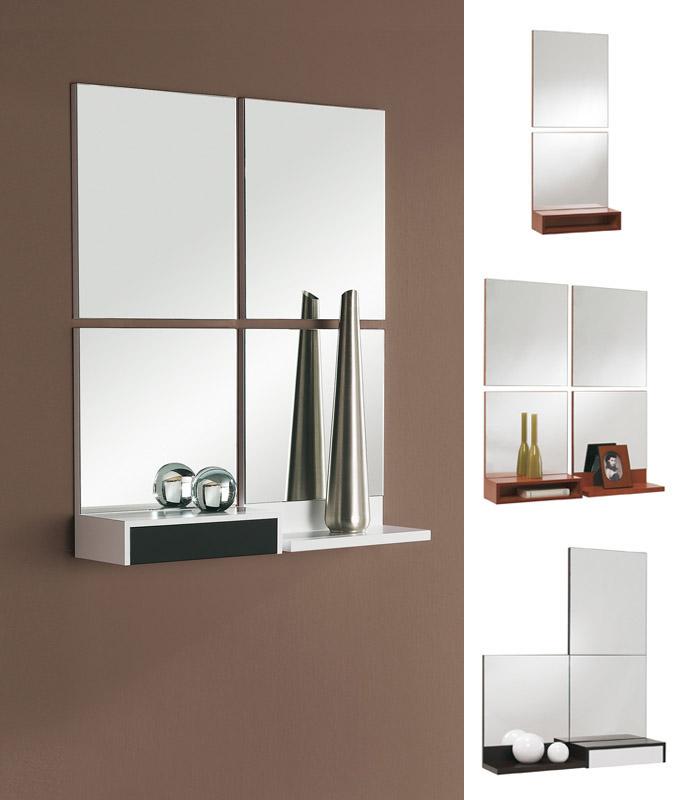 Recibidor de diseño con espejos cuadrados