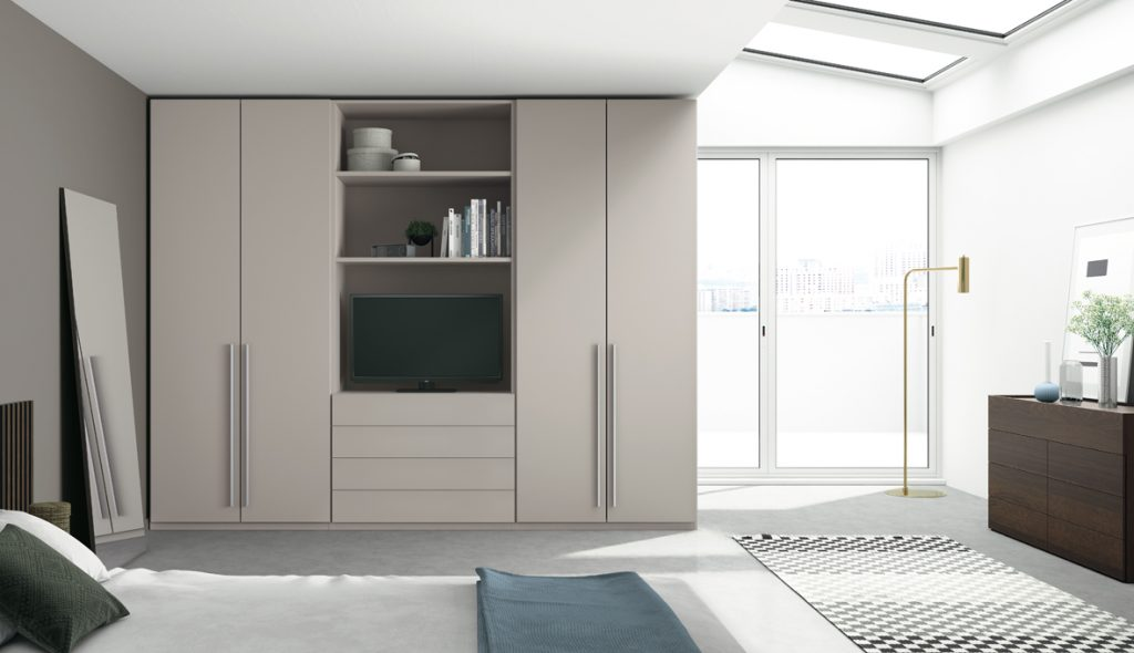 armario con televisión integrada
